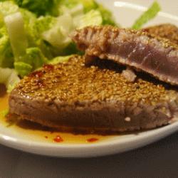 Thunfisch in der Sesamkruste